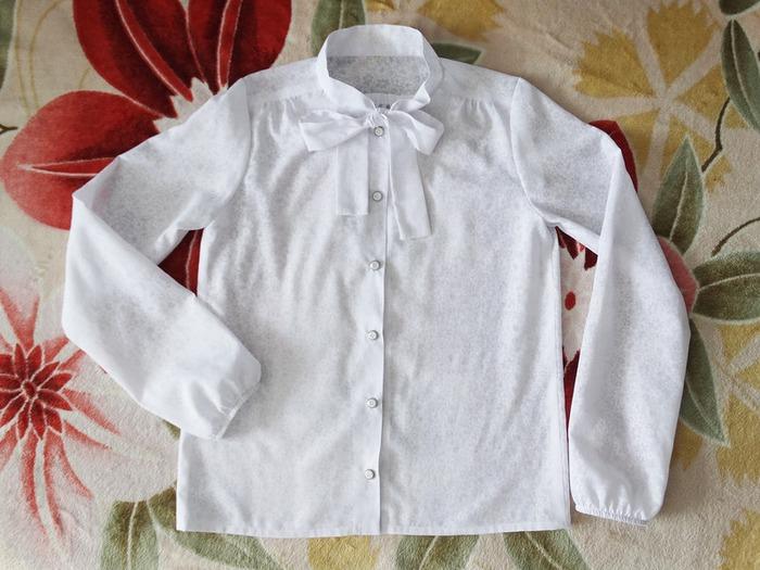 Фото. Блузка для дочери из батиста-деворе. Автор - ЗайкаЯ