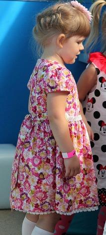 Фото. Платье с нижней юбкой из батиста с шитьем. Автор - Svetimka