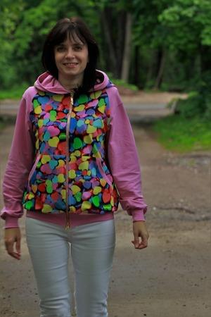 Фото. Толстовка для лесных прогулок.  Автор работы - Светланка***
