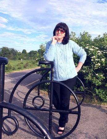 Фото. Простой джемпер для загородных прогулок. Автор работы - Ларачка