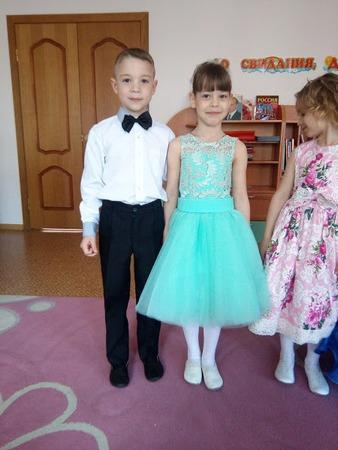 Фото. И еще выпускное платье. Автор работы - Тэшь