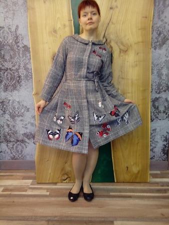 Фото. И целое платье из вышитых бабочек! Автор работы - Алла23