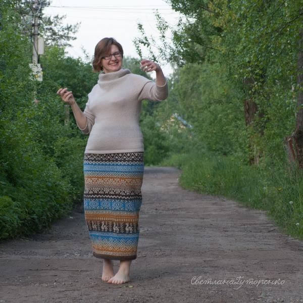 """Фото. """"Летний""""  комплектик из юбочки-перуанки и джемпера с хомутом. Автор работы - SvetlanaGut"""