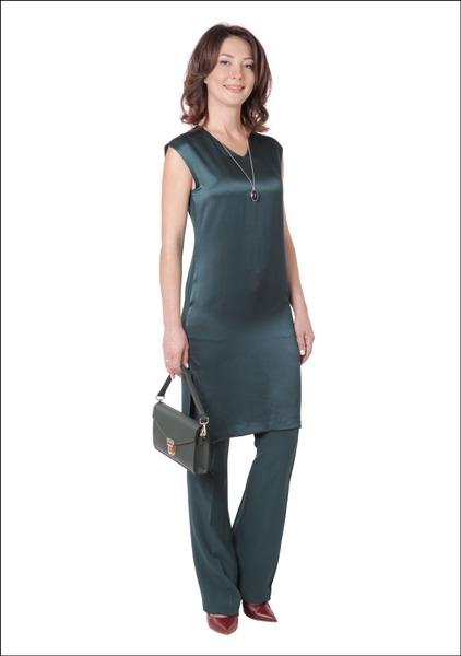 Комплект №3 . Туника, брюки, туфли и сумка – Benetton. Кулон и кольцо – Accessorize