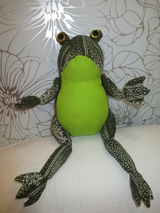 Фото. Ткань идеальна для пошива Лягушки Автор работы - 56пенсион