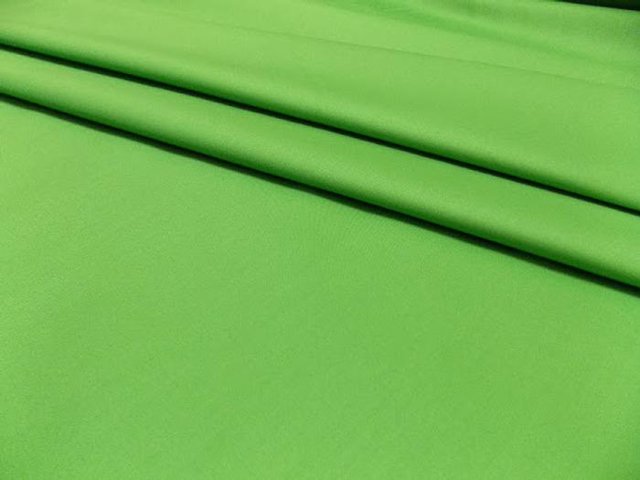 """Фото. Гладкокрашеный бельевой сатин с красивым названием """"Зеленый бутон"""". Фото - Рыжая_Н"""