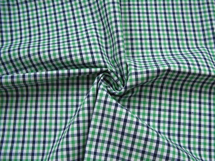 Фото. Двухцветный вариант виши - ткань сорочечная, клетка, состав 100% хб. Фото - Olgasss