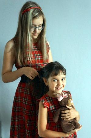 """Фото. """"Сестрички"""" - платья в клетку для дочек.  Автор работы - Olga_Kh"""