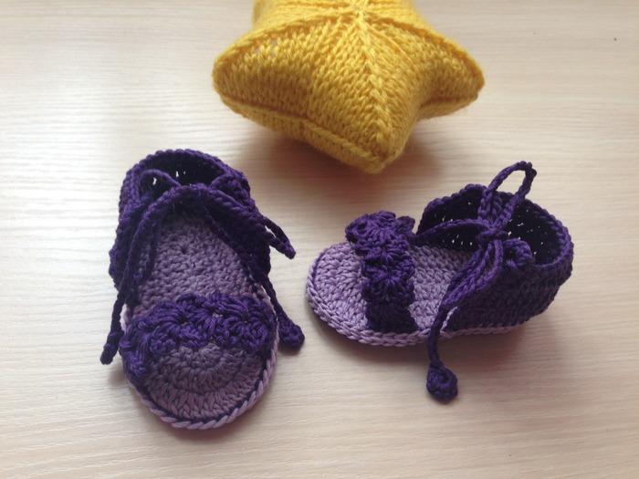 Фото. Пинетки- босоножки  для м-а-ааленькой красавицы (2 месяца). Автор работы - Malika27
