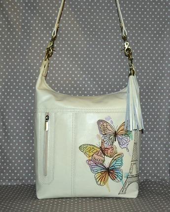 Фото. Повседневная женская сумка, сшита из итальянской кожи. Украшена сумка машинной вышивкой и кожаной кисточкой .  Автор работы - *Sonechka*