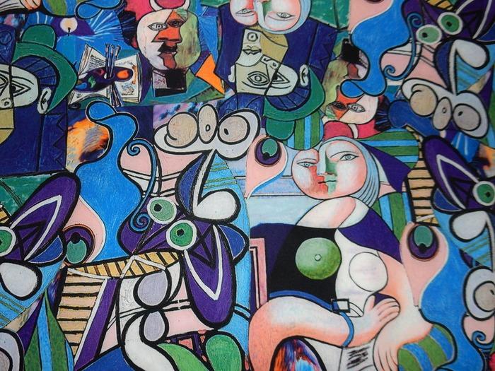 "Фото. Креп-марчиано ""Пикассо"", состав: полиэстер - 95%, эластан - 5%.   Автор фото - Елена-05"