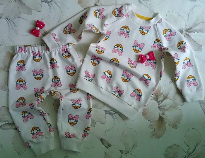 Фото. Комплект для внучки -  свитшот и штанишки.  Автор работы - Lyudmila_So