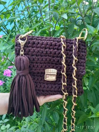"""Фото. Стильная сумочка из трикотажной пряжи """"Вкусная шоколадка"""". Цепь, замок, кисточка съемная. Автор работы - Наталла"""