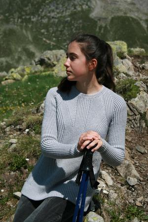 """Фото. Пуловер """"Divide"""" дизайнера Emily Greene. Пряжа - стоковый моточный меринос. Автор работы - Brucaliffo17"""