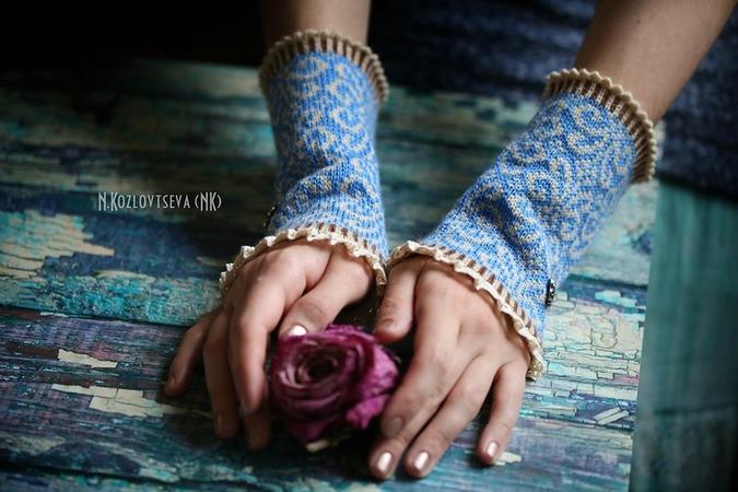 Фото. Митенки. Машинное вязание.  Автор работы - NK