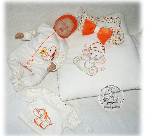 Фото. Комплект на выписку для малыша. Автор работы - Леська63