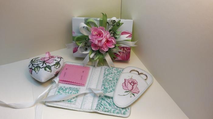 Фото. Набор для швейных принадлежностей. Автор работы - AnitaO