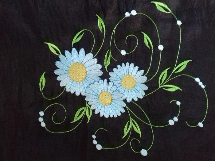 """Фото. """"Ромашки"""". Машинная вышивка. Авторский дизайн.  Автор работы - olga201076"""
