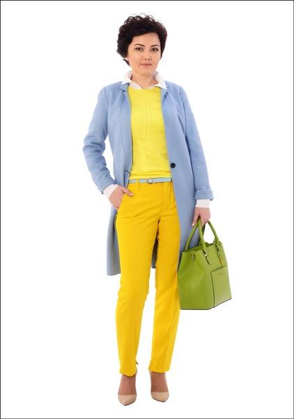 Комплект №1 . Пальто, блуза, топ и брюки – Zara. Туфли – Mango. Сумка – Cromia, магазин AIT