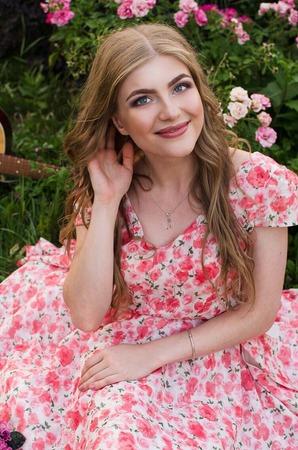 Фото. Платье из итальянского батиста, нижняя юбка из плотной марлевки. Автор работы - Лаппа