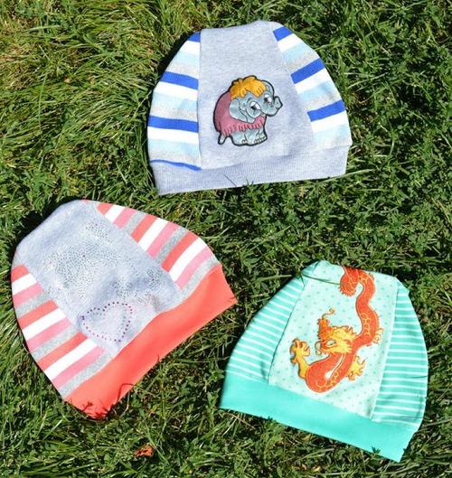 Фото. Детям- шапочки из рибаны.  Каждая - по 10 минут!  Автор работы - Olga0308