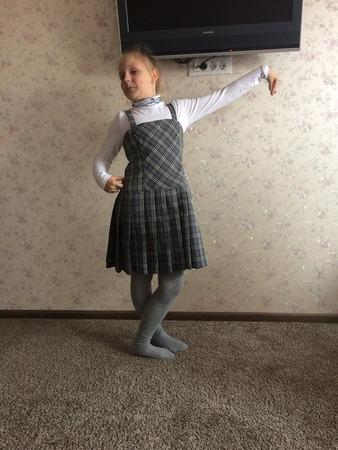 Фото. Наш школьный сарафан к этому году. Автор работы - Любовь В.