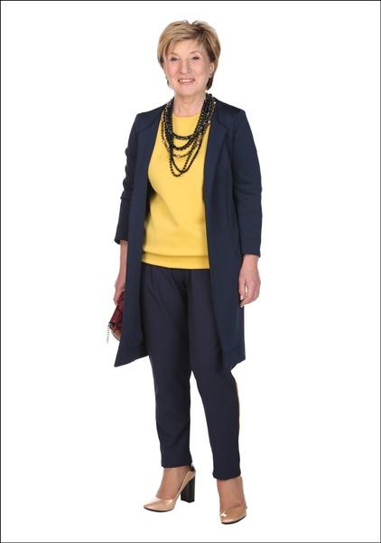 Комплект №4 . Жакет, топ и брюки – Apranga. Туфли – Geox. Сумка – Guess