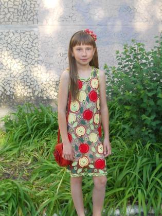 Фото. Мотивы для платья могут не только цветочными.   Автор работы - роза35