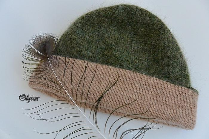 Фото. Двойная шапка бини, выполнена из пряжи Luna.  Автор работы - Olgiza