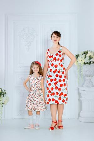 Фото. Наши вишнёвые платья!  Автор работы - Tolstik1