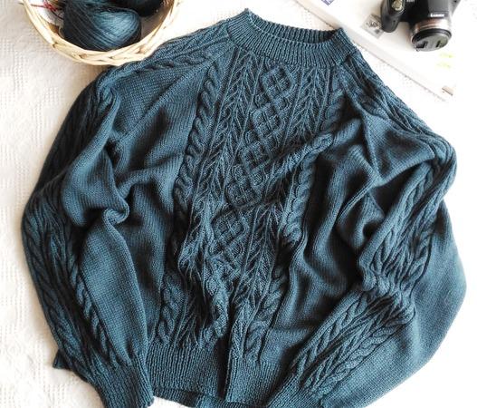 Фото. Пуловер, связанный из FOLCO 50% меринос 50% полиакрил.   Автор работы  - mhrar