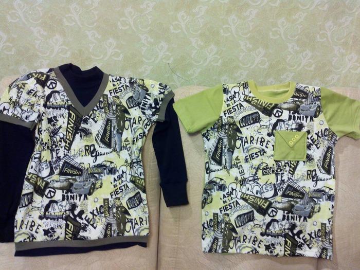 Фото. Две футболки.  Автор работы - ИВеточка