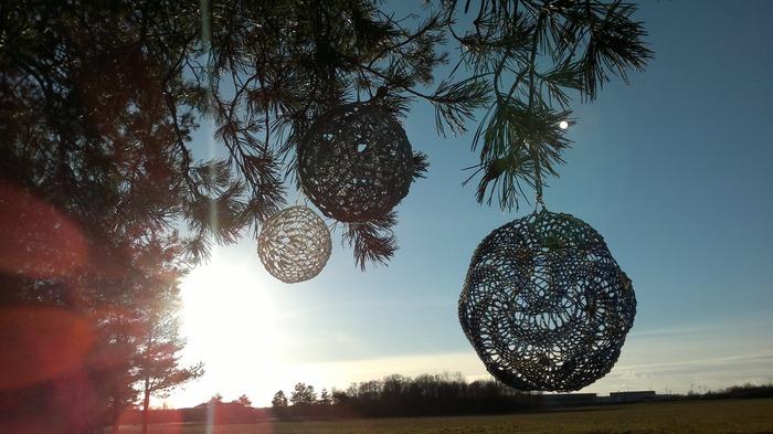 Фото. Тонкие ажурные шарики. Автор работы - isajevatatjana
