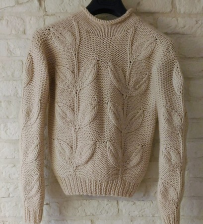 Мега листья - пуловеры спицами