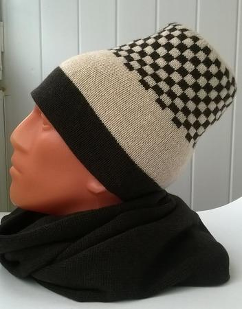 Фото. Комплект из двойной шапки и шарфа.  Автор работы - Stavros2011