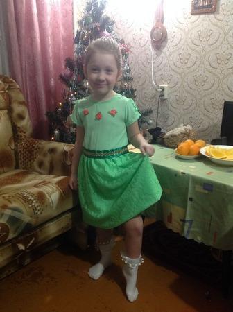 Фото. Средней дочке платье из стрейч-шифона.  Автор работы - Aprel'ka77