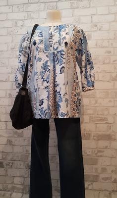 Фото. Блуза в стиле бохо или хиппи.  Автор работы - Лоскутик