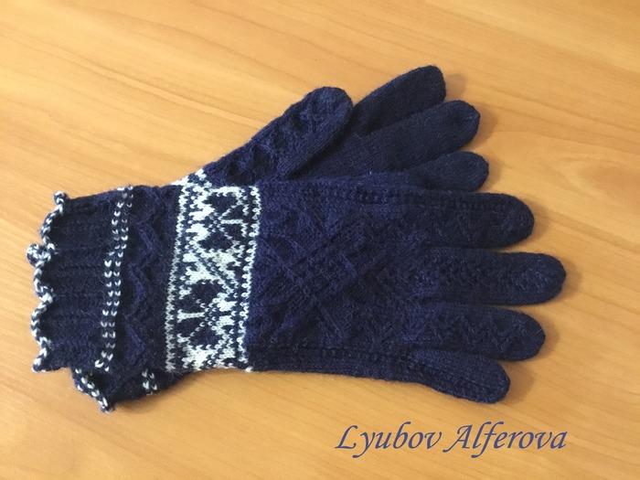 Фото. Перчатки Runö gloves от Anu Pink.  Автор работы - alf
