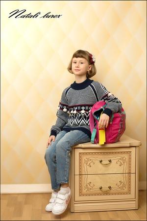 Фото. Свитер для моей любимой внучки. Машинное вязание. Автор работы - natali lurex