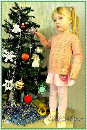 Фото. Джемпер собственного сочинения для трёхлетней внучки Алексы. Автор работы - МамуляГаля