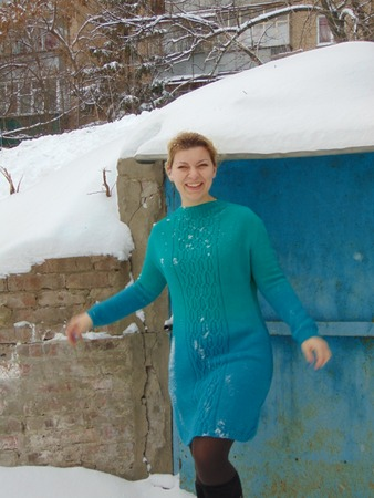 Фото. Связалось платье на основе джемпера Gossamer for her2 по описанию Натальи Пелых. Автор работы - ирина Кузьмович
