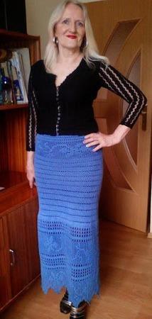 Фото. Схема с готовой салфетки стала основой для юбки.  Автор работы - KrystKluf