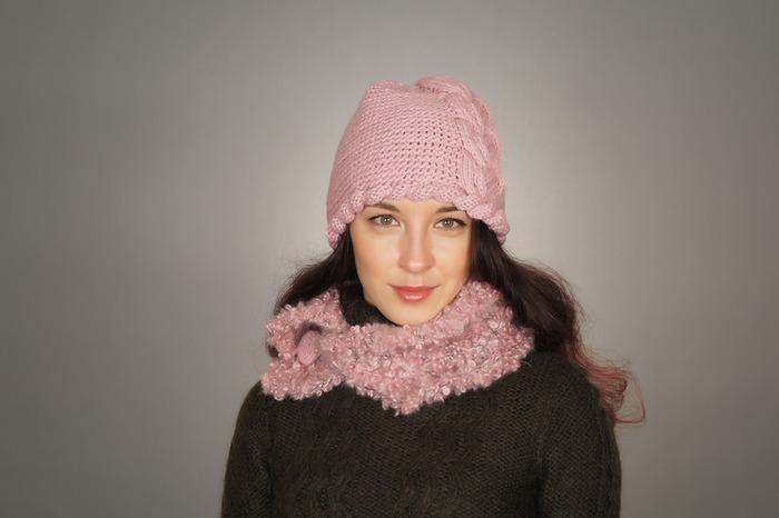 Фото. Шапочка с косой + шарф-воротник.  Автор работы - 1.C.A.