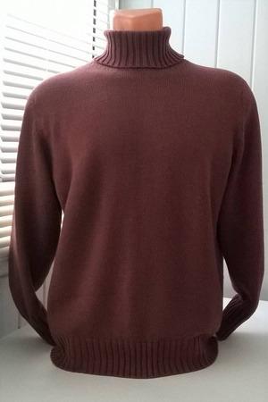 Фото. Мужская водолазка со скошенным плечом. Автор работы - Stavros2011