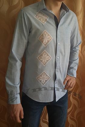 Фото. Подарок мужу  - вышивка на рубашке.  Автор работы - svmmm