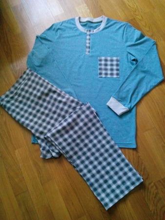 Фото. Еще один подарок - пижама. Автор работы - tanya4