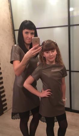 Фото. Платья для мамы и дочки.   Автор работы - танюшка17