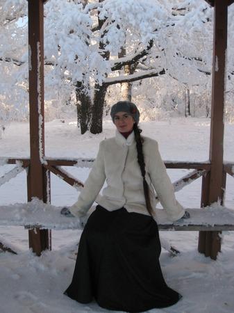 Фото. Юбка-восьмиклинка (ширина по низу 2,9м) из костюмной ткани в полоску.