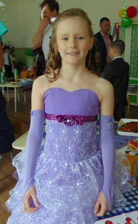 Фото. Платье дочке на выпускной. Автор  работы - Ejeniya