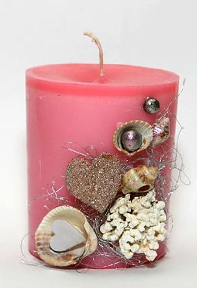 Фото. Красивая свеча ручной работы с тонким ароматом - совершенно универсальная вещь, которая создаст настроение для дружеской вечеринки, романтической встречи, уединенной медитации или тихого вечера в семейном кругу… Автор работы - Vorona13